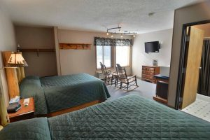 Clam Lake Junction Motel Room