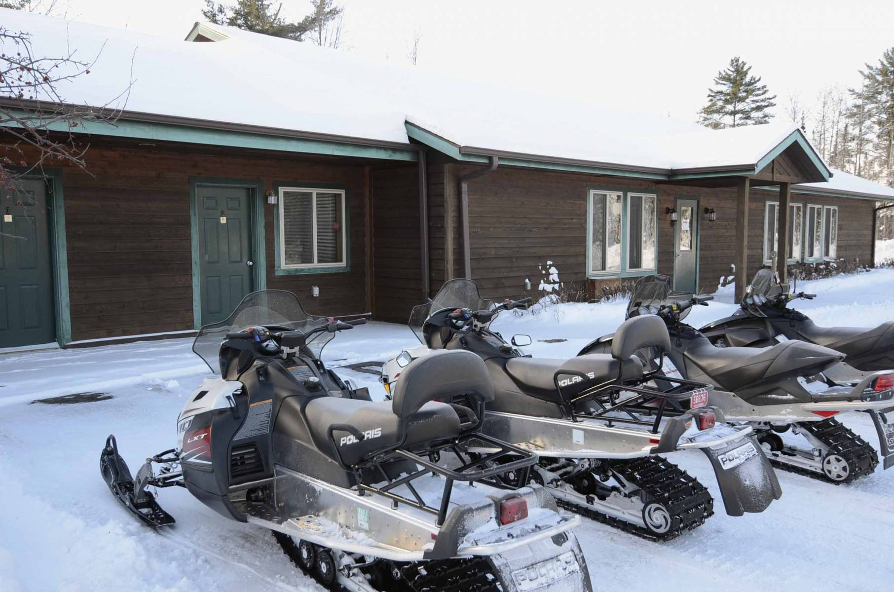hotel rooms on snowmobile trails